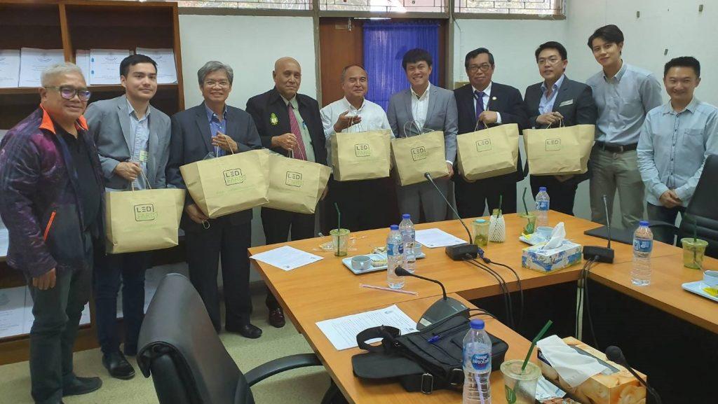 การประชุมปรึกษาหารือเกี่ยวกับการจัดการพลังงานในอาคารและโรงงานอุตสาหกรรมกับการไฟฟ้าส่วนภูมิภาค